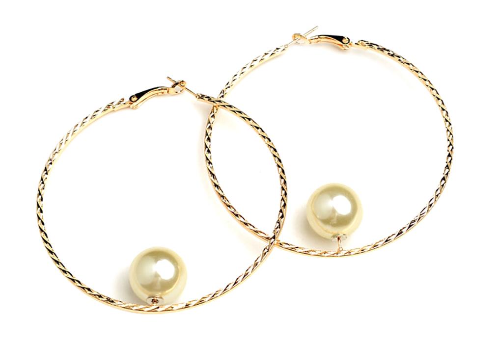 Big Hoop & Pearl Earring