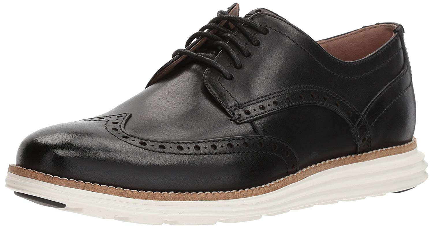 Cole Haan Men's Original Grand Shortwing Oxford Shoe, Black Leather/White, 9 Medium US