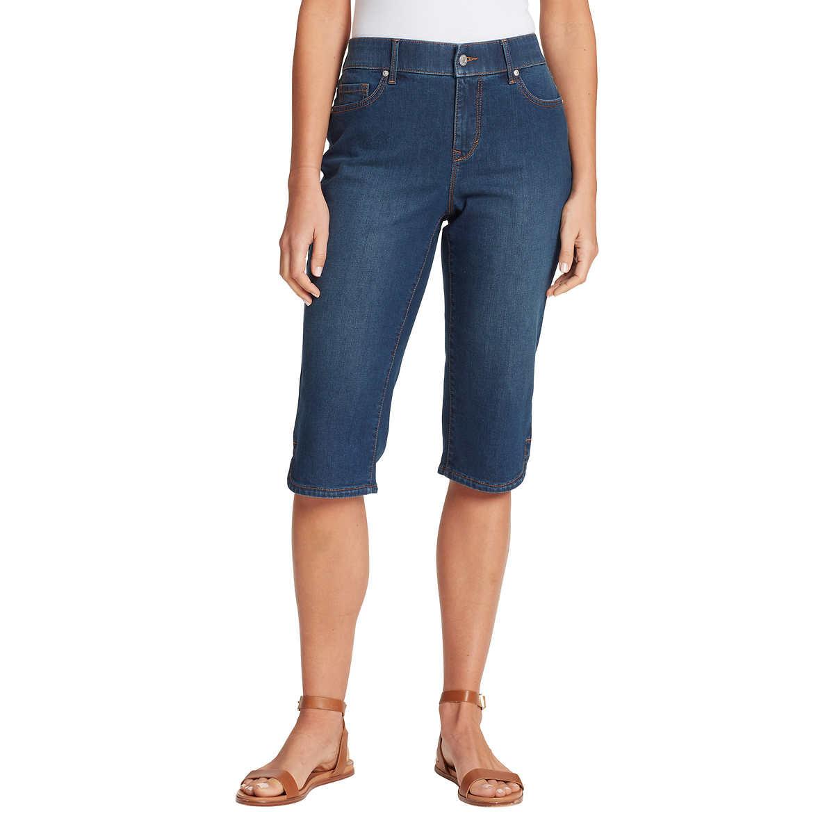 Gloria Vanderbilt Ladies' Skimmer Capri - Blue (Fairfax Denim) 4